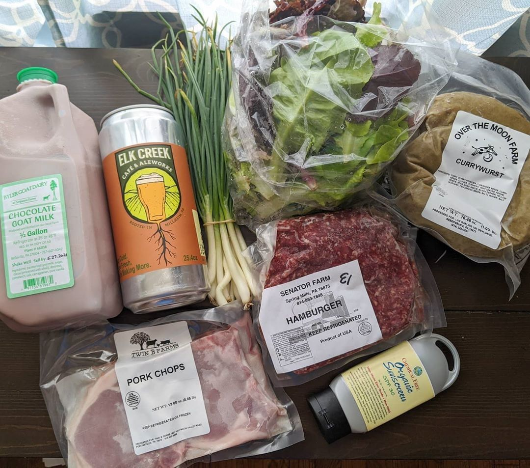 Did you attend the @northathertonfarmersmarket? Share your favorite finds by tagging #HVAgventures in your photo!⁣ ⁣